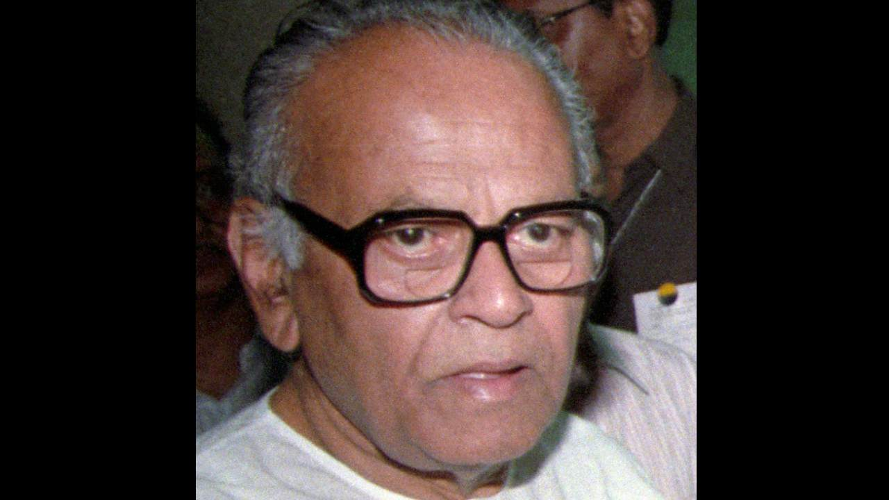 Bommai (1988-89: 281 days): Dismissal of his government in 1989 without affording him a chance to take a floor test resulted in a landmark Supreme Court judgment. He went on to become the national president of Janata Dal from 1990 to 1996 and briefly, a Union minister in the United Front government.