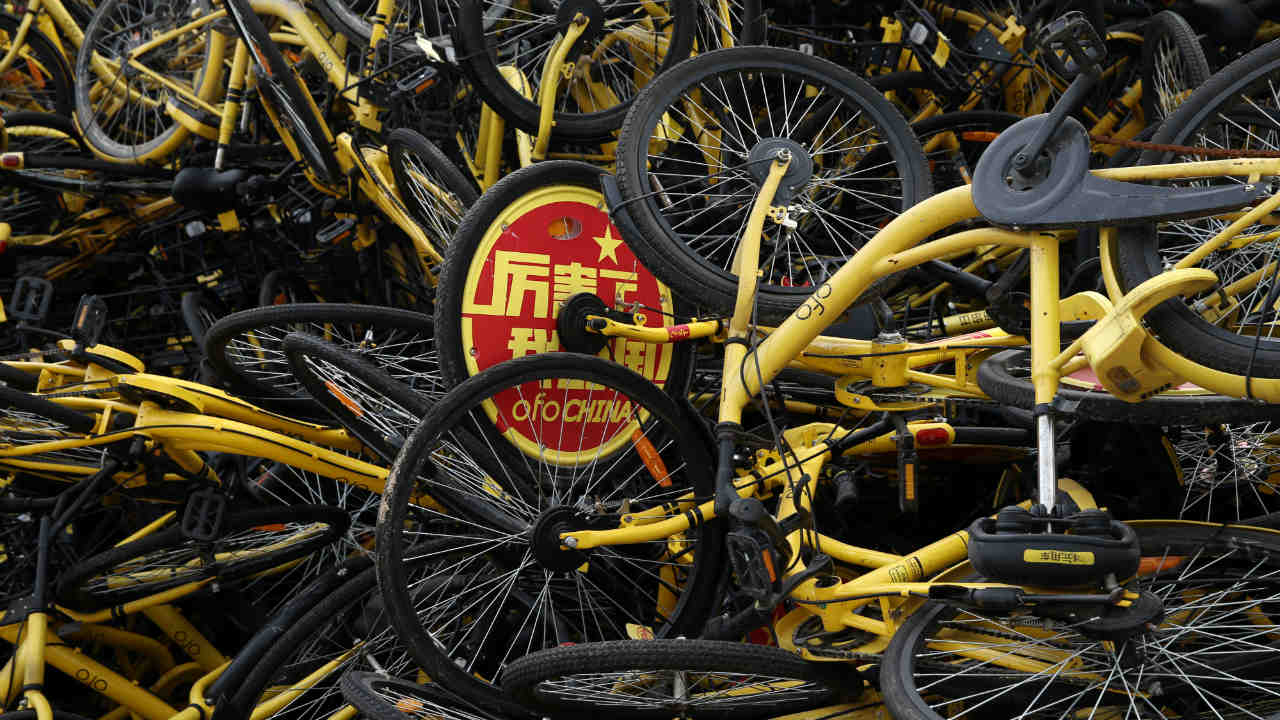 Chinese bike-sharing giants such as Ofo and Mobike have grown by offering extremely low prices. This has meant markets flooded with cheap bikes and thereby the subsequent abandoning as well. (Photo: Reuters)