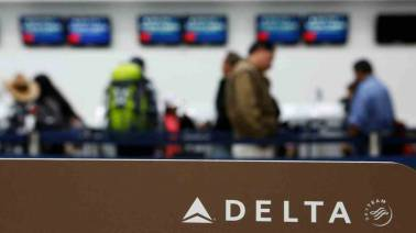 US Customs fines woman Rs 33,000 over a free apple Delta Air gave as a snack