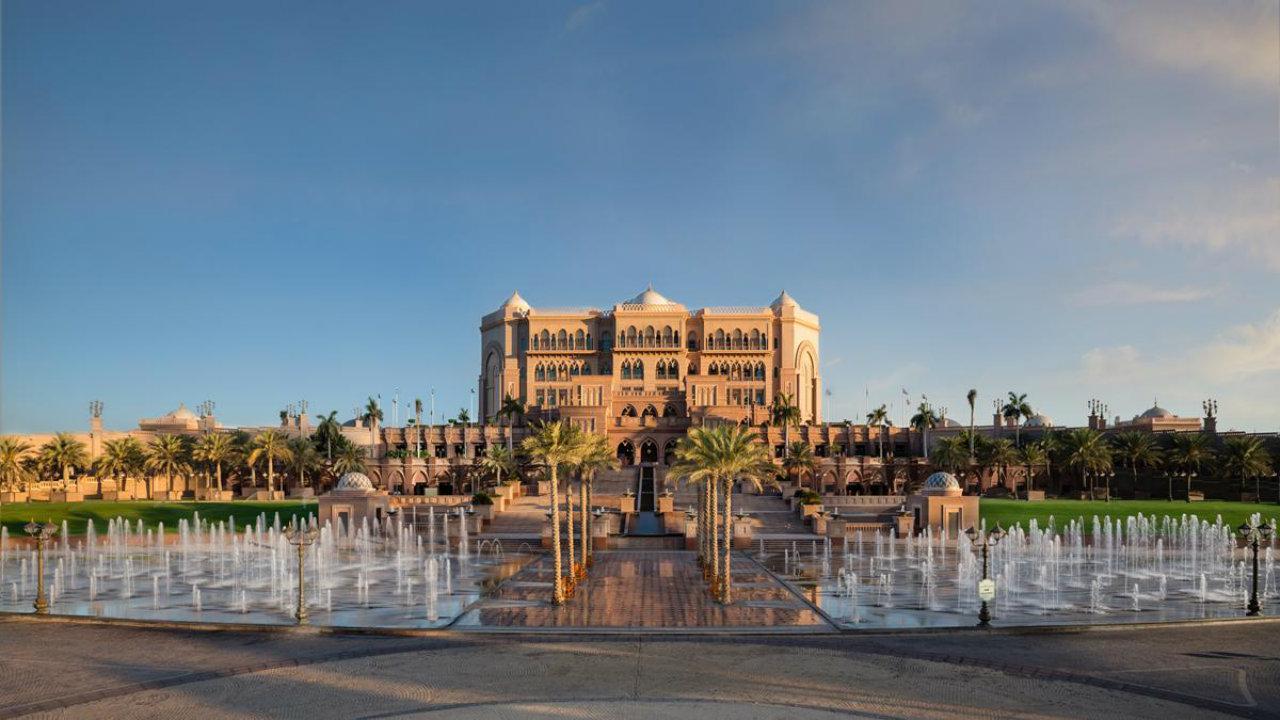 6. Emirates Palace (Hotel) | Location: Abu Dhabi, UAE | Cost of construction: USD 3 billion (Photo: Emirates Palace official site)