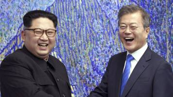 Korean leaders trying to salvage Singapore summit, says US media