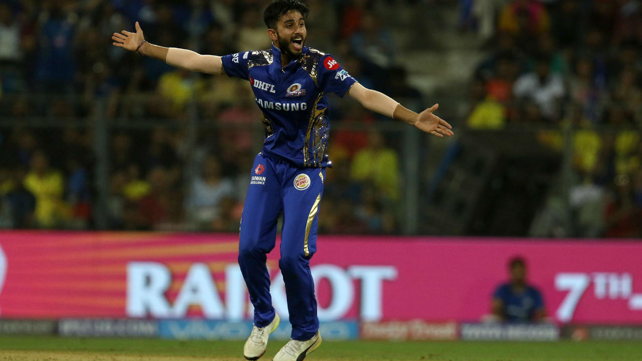 1) MAYANK MARKANDE: BASE PRICE - Rs 20 LAKH) The young leggie from Punjab, interestingly started off as a medium pacer and only ventured into spin at the behest of his coach who spotted his back of the hand slower ball. Picked up for his base price by the Mumbai Indians, Markande had a dream debut in the IPL, scalping former World Cup winning captain MS Dhoni as well as CSK's highest run scorer Ambati Rayudu with his disguised 'wrong uns'. He ended the night with figures of 3/23 and was only getting started with that debut performance. Markande finished the tournament as Mumbai's third highest wicket taker with 15 wickets from 14 matches and an economy rate of just 8.36, stunning figures for a 20-year old making his first foray in the IPL.