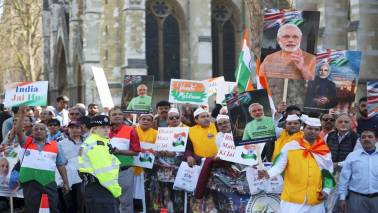 Prime Minister Modi confronted by angry protests in London