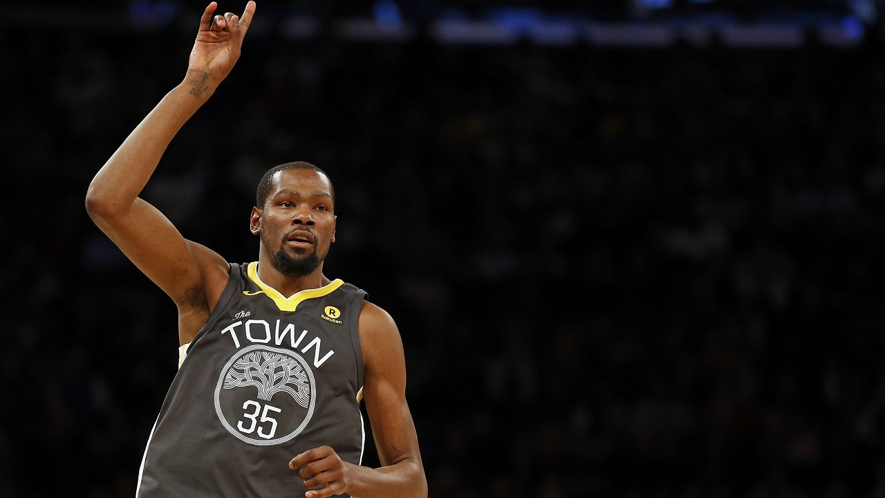 Kevin Durant: 60.6 million | This professional American basketball player who stars for the Golden State Warriors in the NBA, makes USD 26.6 million as his salary and USD 34 million from endorsements. (Image: Reuters)