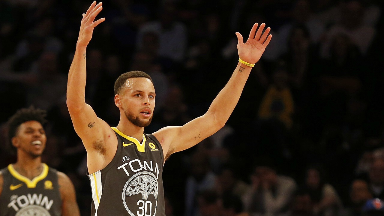 Stephen Curry: USD 47.3 million | Curry, who also plays for the Golden State Warriors, is paid USD 12.3 million as salary and gets USD 35 million from endorsements. (Image: Reuters)