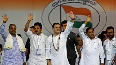 Rahul Gandhi unfurls tricolour at AICC headquarters