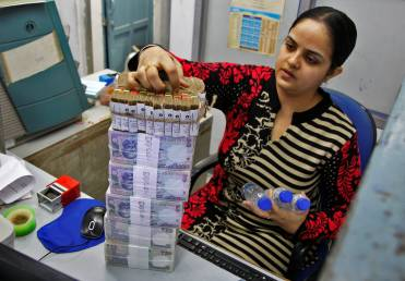 Banking sector this week: Cash crunch at ATMs grips 8 Indian states as banks struggle for recovery