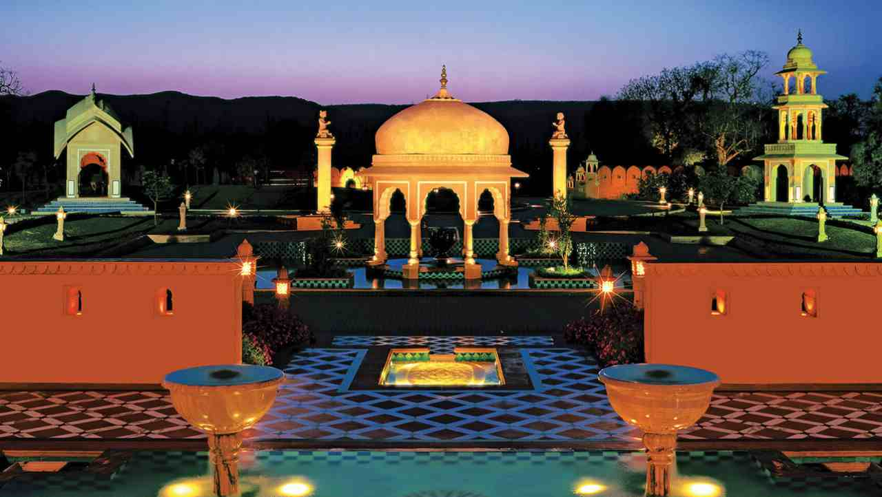 The Oberoi Rajvilas | Housed in an 18th century 32-acre mansion in Jaipur, one more property from the Oberoi group features at the third place in the list. Apart from the usual luxurious amenities, the hotel offers its guests to indulge in cooking classes, golf, tennis and personal wellness care like an Ayurvedic spa.