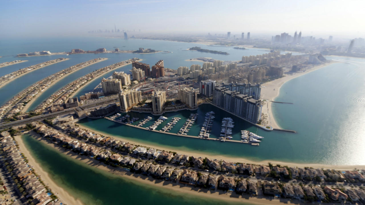 No. 8 | United Arab Emirates: USD 68,250 | The economy of this nation, made up of 7 Emirates, is propelled majorly by oil. However, revenue from non-oil sectors is also quickly rising. The population of the seven Emirates, put together, is just over 10 million. (Image: Reuters)