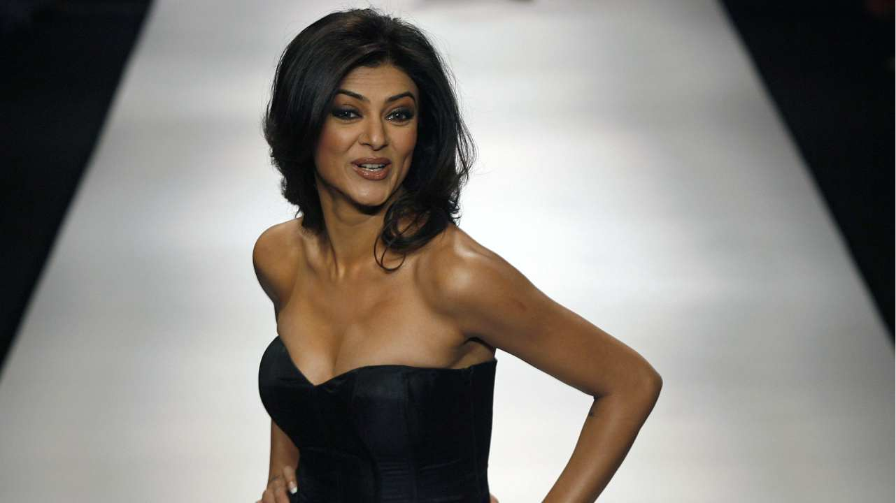 Sushmita Sen | When it comes to the Bollywood actresses who equally marked their presence on the silver screen and the ramp, Sushmita certainly secures one of the top positions. The winner of the Miss Universe pageant in 1994 has always sizzled the stage with her presence. Her net worth is USD 3 million. (Image: Reuters)