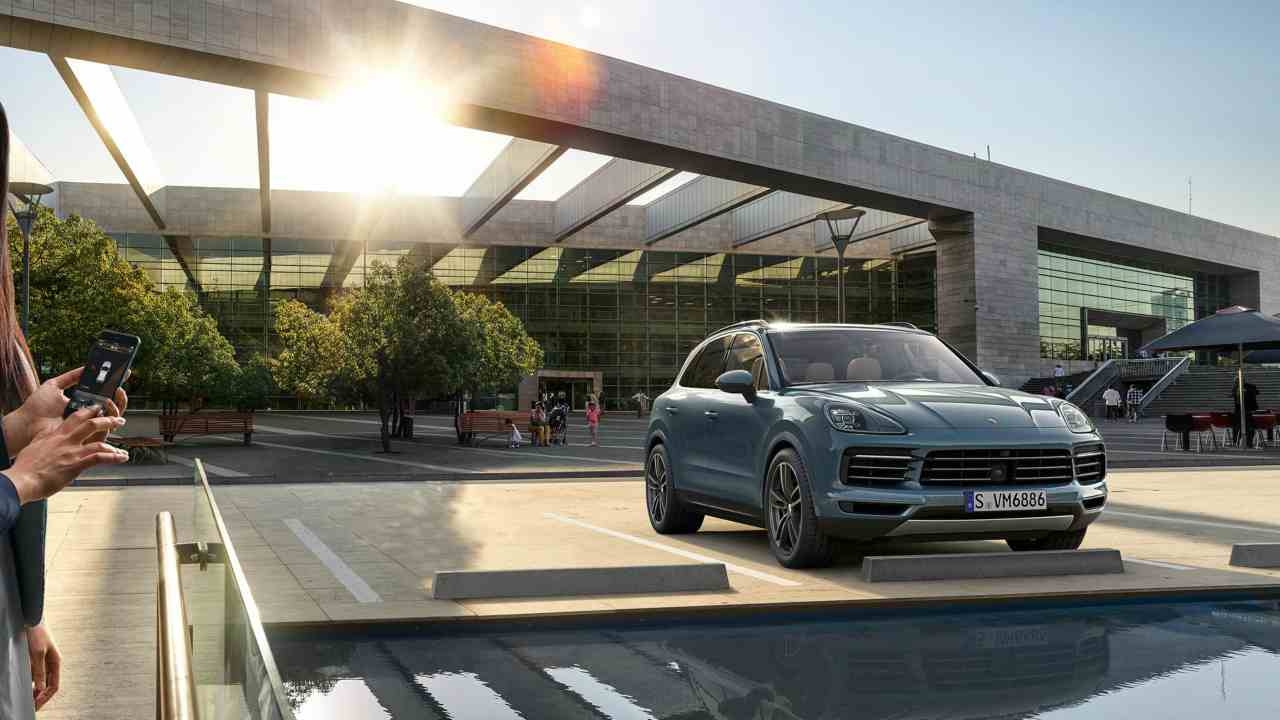 This is the first model of Cayenne range launched in the country which includes an e-hybrid and a standard variant that are also set to be launched later this year. Specifically, for the e-hybrid model, Porsche has set September as its launch date.