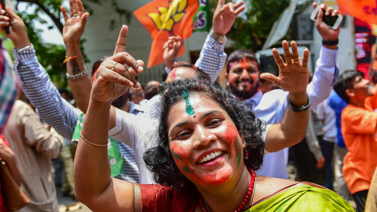 There were more celebrations following the statement as BJP seemed to heading towards obtaining majority. (Image: PTI)