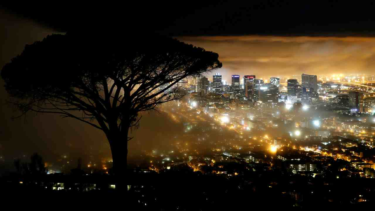 Cape Town, South Africa: Being one of the most beautiful cities in South Africa, Cape Town is plagued with frequent robberies, murders and kidnappings. It has the highest crime rate in the country, due to economic disparities. (Image: Reuters)