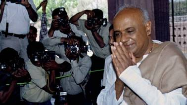 Not averse to projecting Mamata as prime ministerial face: Deve Gowda