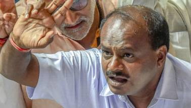 Karnataka CM HD Kumaraswamy asks ministers to use old cars