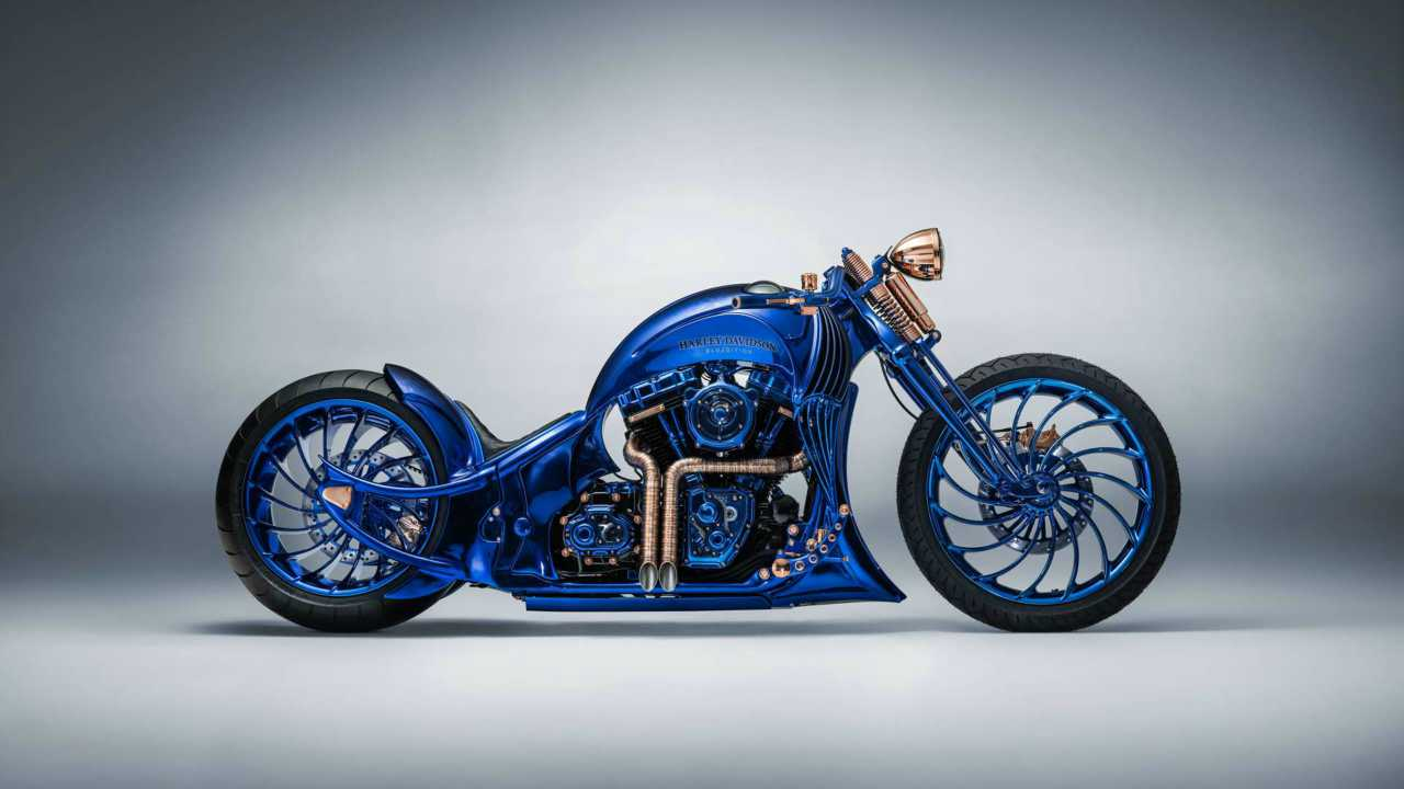Harley Davidson's Blue Edition is a result of a collaboration of precision of Bucherer watchmakers and jewellers and the expertise of Bündnerbike who specialise in modification and customisations of Harley Davidson bikes.