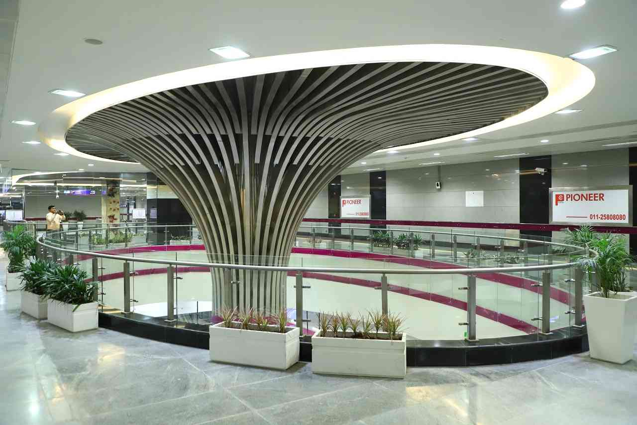 Green network | All underground and elevated stations of Janakpuri West – Nehru Enclave section of DMRC Line-8 are Platinum rated by Indian Green Building Council (IGBC).