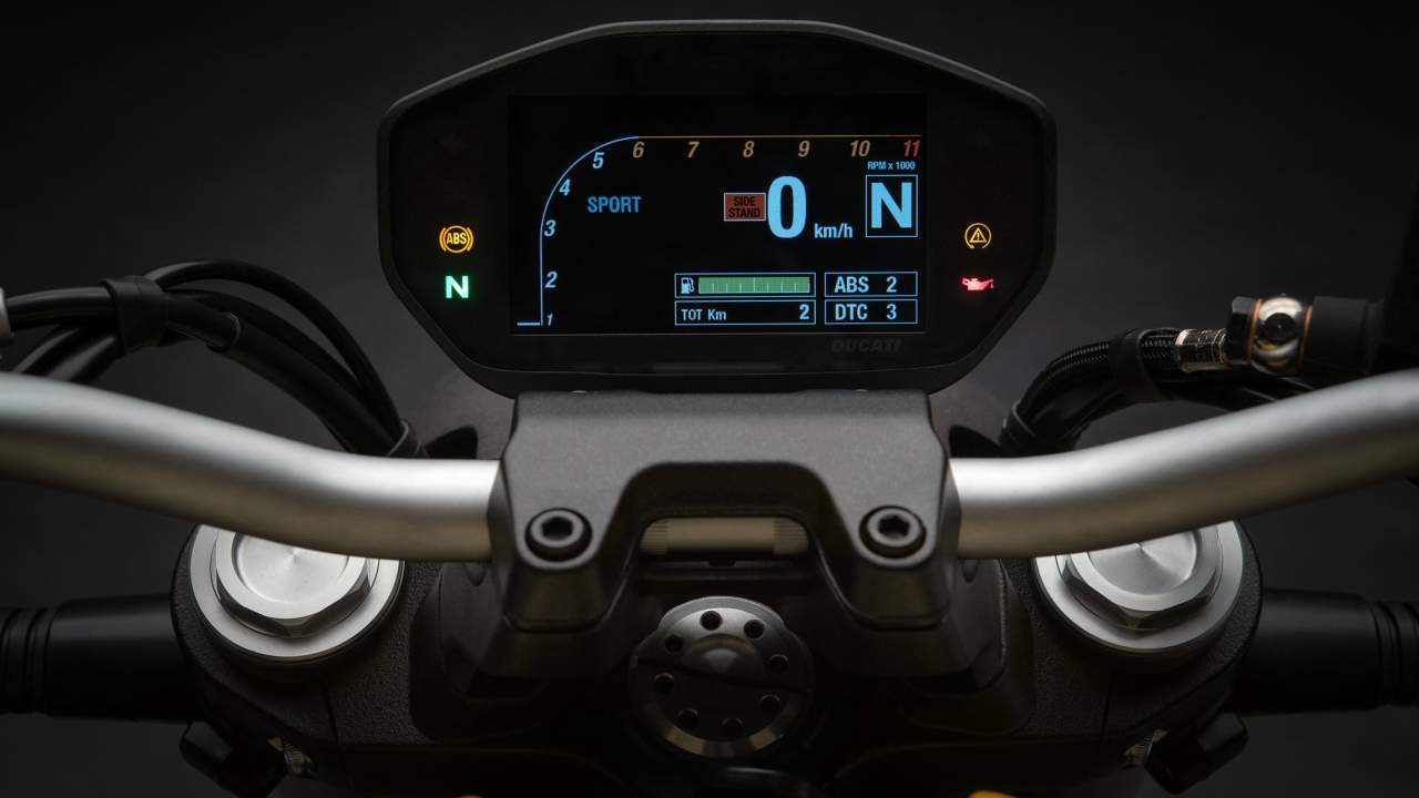 Among the safety features, the motorcycle comes with Riding Modes, Power Modes, Ducati Safety Pack (Bosch ABS + Ducati Traction Control DTC). A TFT colour display is installedmounted to keep track of bike's vitals.