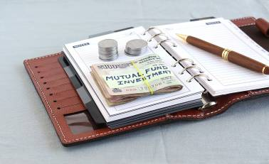 5 things to understand while investing your hard earned money in mutual funds