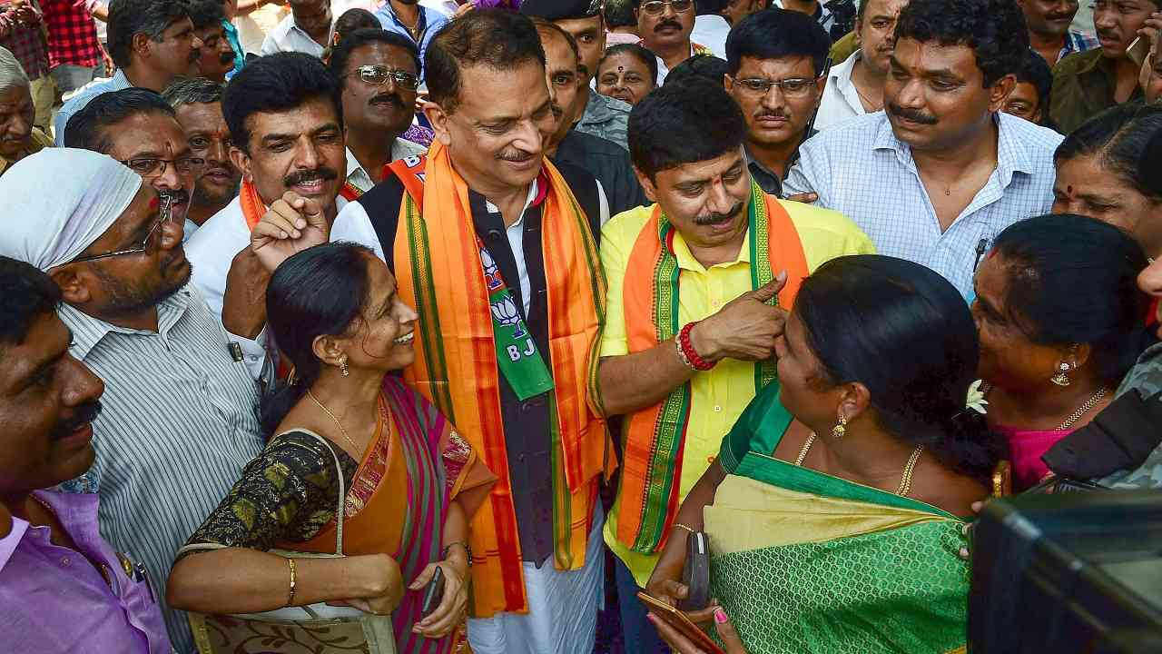 Campaigning in poll-bound Karnataka ends