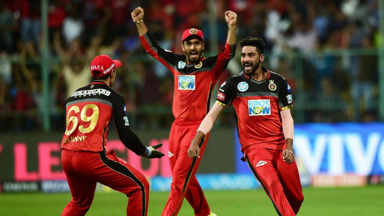 Royal Challengers Bangalore's Virat Kohli celebrates with team mates after winning the IPL 2018 match against Mumbai Indians during the IPL 2018 cricket match at Chinnaswamy Stadium in Bengaluru. (PTI)