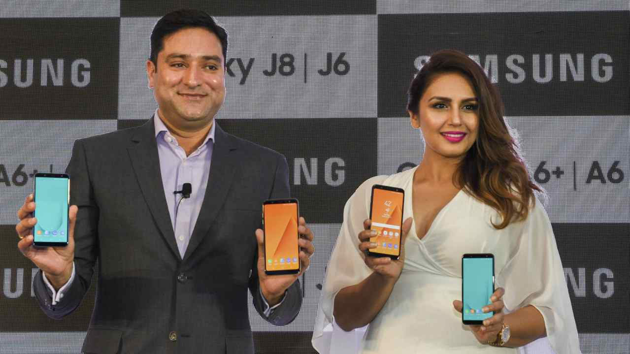 Samsung India Director, Vishal Kaul and Bollywood actor Huma Qureshi during a smartphone launch event, in Lucknow. (PTI)
