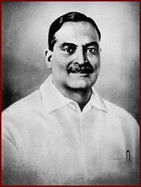 Q6: He was the second Chief Minister of West Bengal in India. He remained in his post for 14 years as an Indian National Congress candidate, from 1948 until his death in 1962. In India, the National Doctors' Day is celebrated on the date of his birth (and death) July 1 every year. He was awarded Bharat Ratna on 4 February 1961, India's highest civilian honour. Who?
