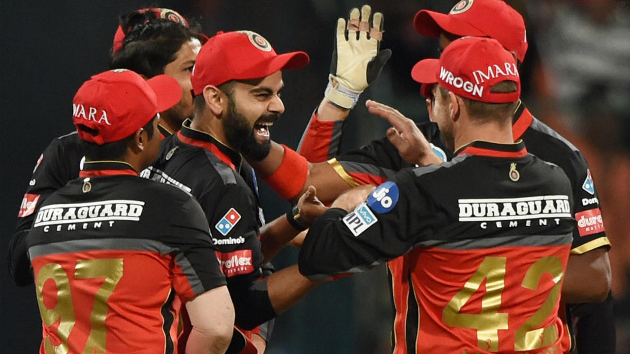 The biggest win of the season while batting second was by Royal Challengers Bangalore. RCB put on a spectacular bowling display bowling out the Kings XI Punjab for just 88 runs. Virat Kohli and Parthiv Patel then chased down the total with ease as RCB won by 10 wickets.