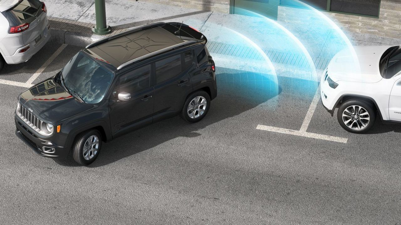 The SUV is equipped with rear park assist system. The Rear Cross Path Detection also warns a driver of moving traffic when shifted into reverse gear. (Image: Jeep)