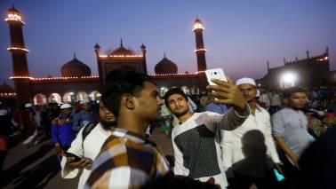Lok Sabha polls: Selfies flood EC app meant for election-related complaints