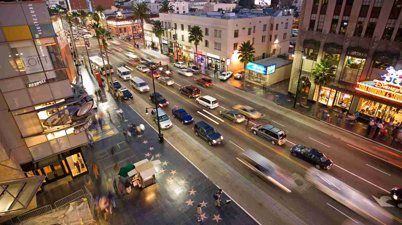 Los Angeles | The city of Angels is also the choice of 11% of the respondents. The centre of television and film industry in the US gained five positions to be placed at seventh in the list. (Hollywood; Wikimedia Commons/Diliff)