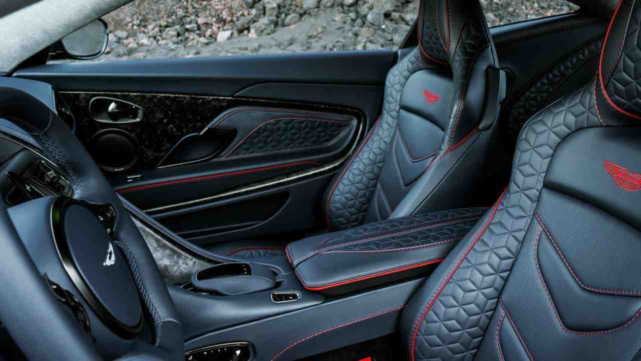 The DBS Superleggera being a Grand Touring car means the designers have kept the comfort and experience of riders in view as well, apart from packing it with raw power. With upholstered leather seats and embroidered headrest, a long ride in the car would not be a toil.