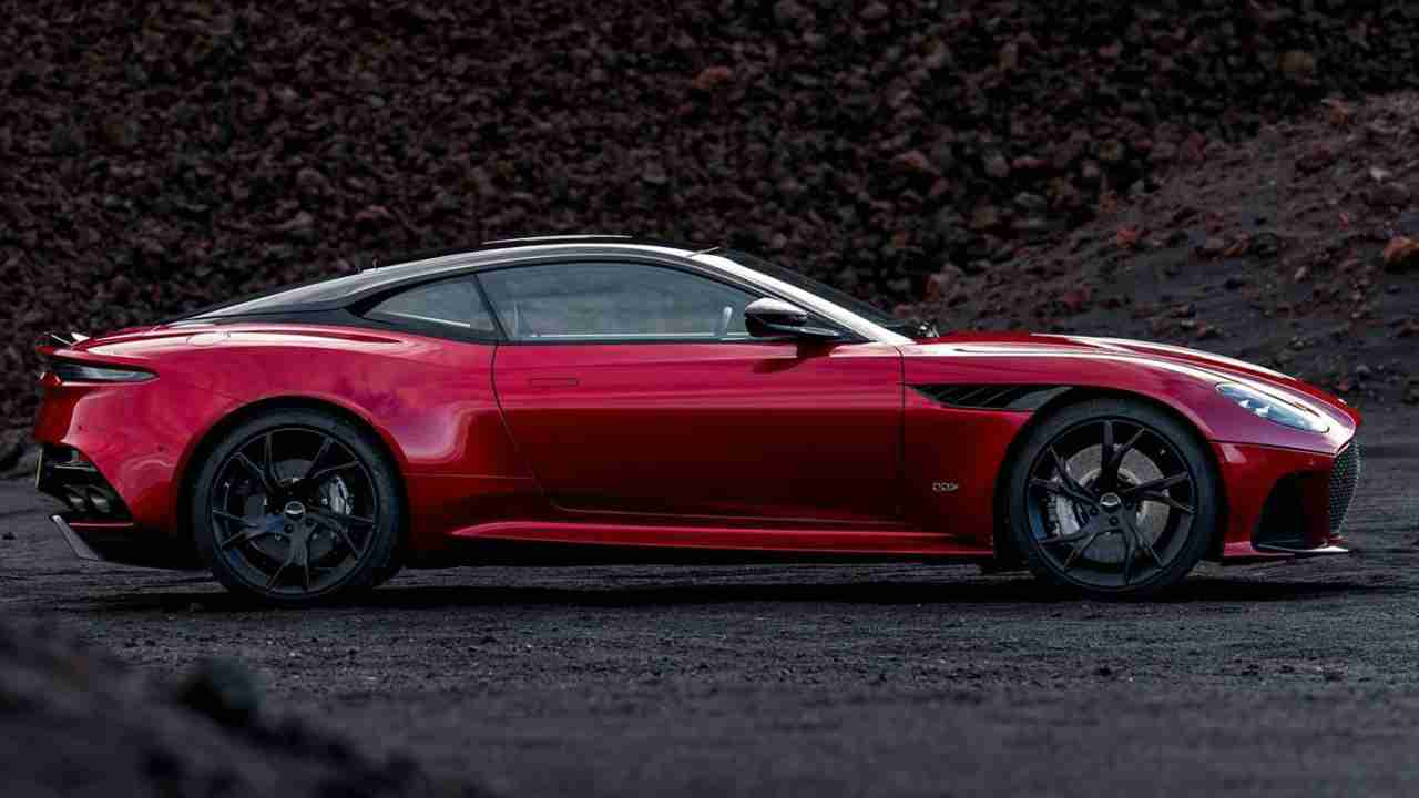 The body of the car is made from durable aluminium with carbon composite which makes it strong but lightweight. The DBS Superleggera has two doors with 2+2 seating arrangement.