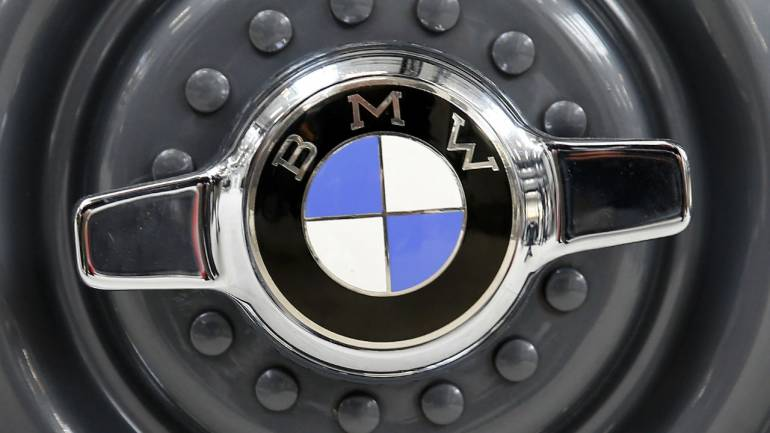 BMW says no plans to develop compact vehicle with rival: CFO