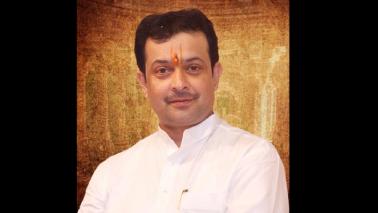 Self-styled spiritual guru Bhaiyyuji Maharaj shoots himself dead