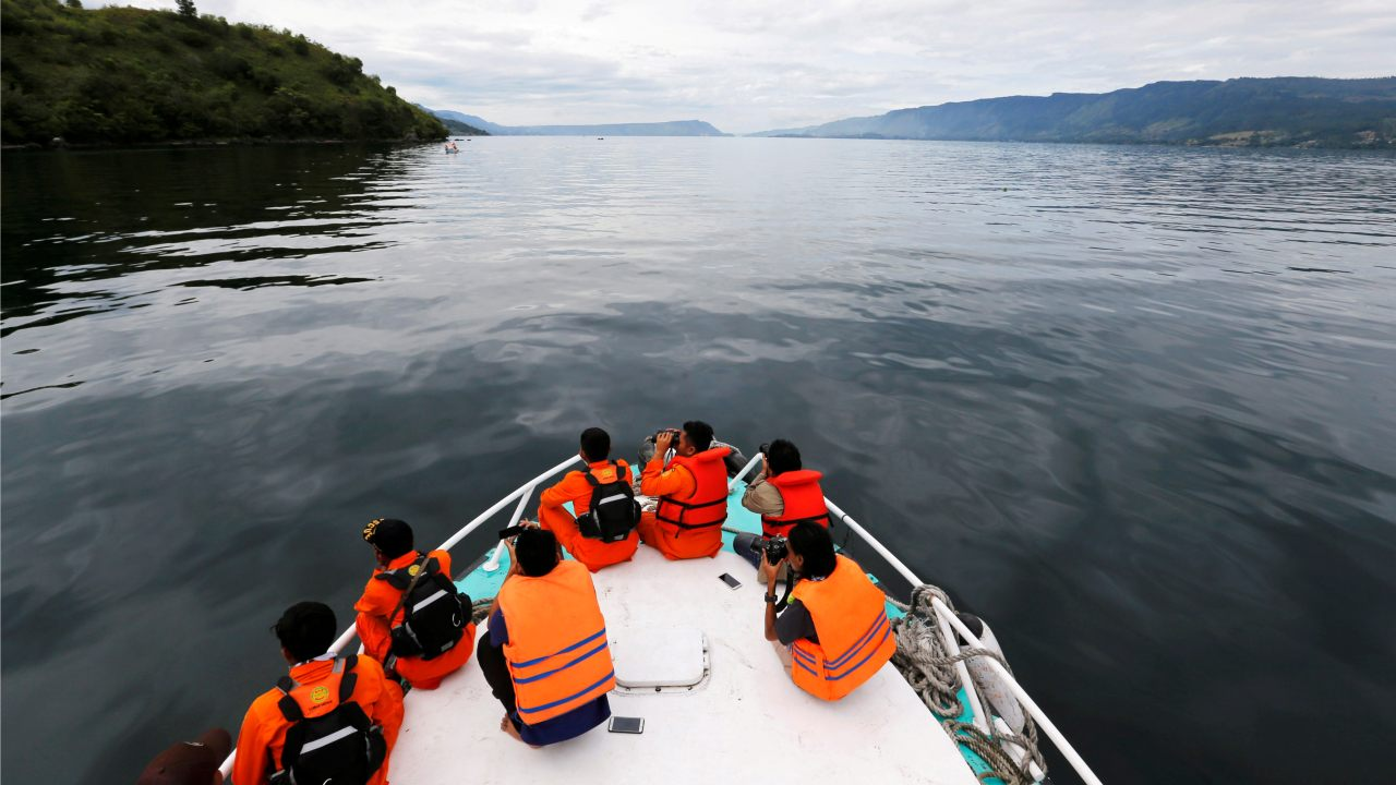 Search and rescue personnel look for missing passengers from Monday's ferry accident at Lake Toba in Simalungun, North Sumatra, Indonesia. (Image: Reuters)