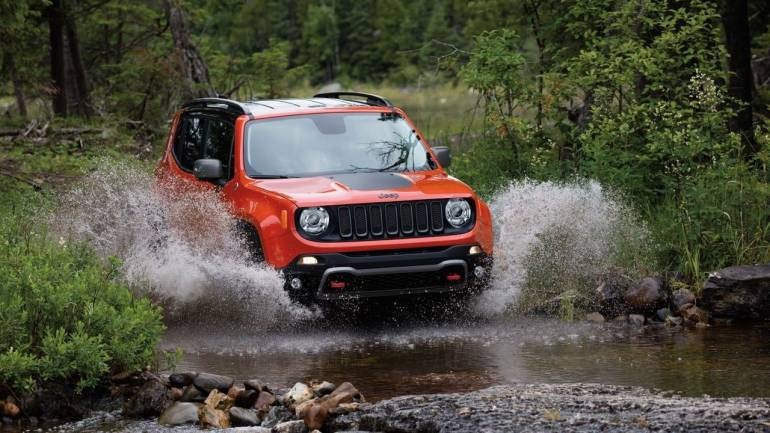 Jeep Renegade Lifted >> Jeep Reveals Face Lifted Renegade Trailhawk May Bring It To