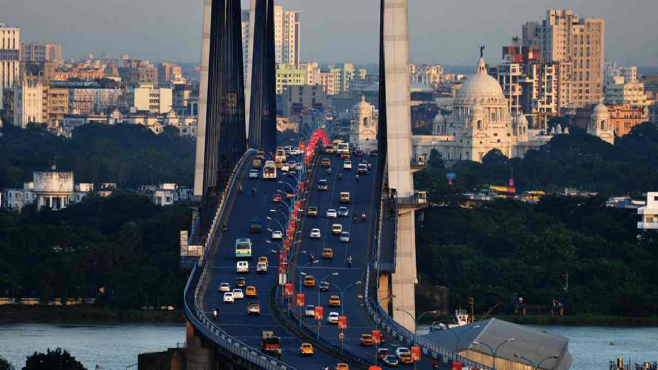 Kolkata | The capital of West Bengal has improved per-capita capital expenditure over three years to climb to the second position in the rankings. The city of joy scored exceptionally well in Empowered & Legitimate Political Representation component of the survey and fared poorly in Urban Planning & Design.