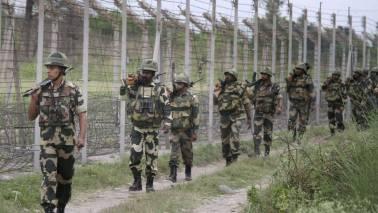 Pakistan violates ceasefire in J&K's Uri sector