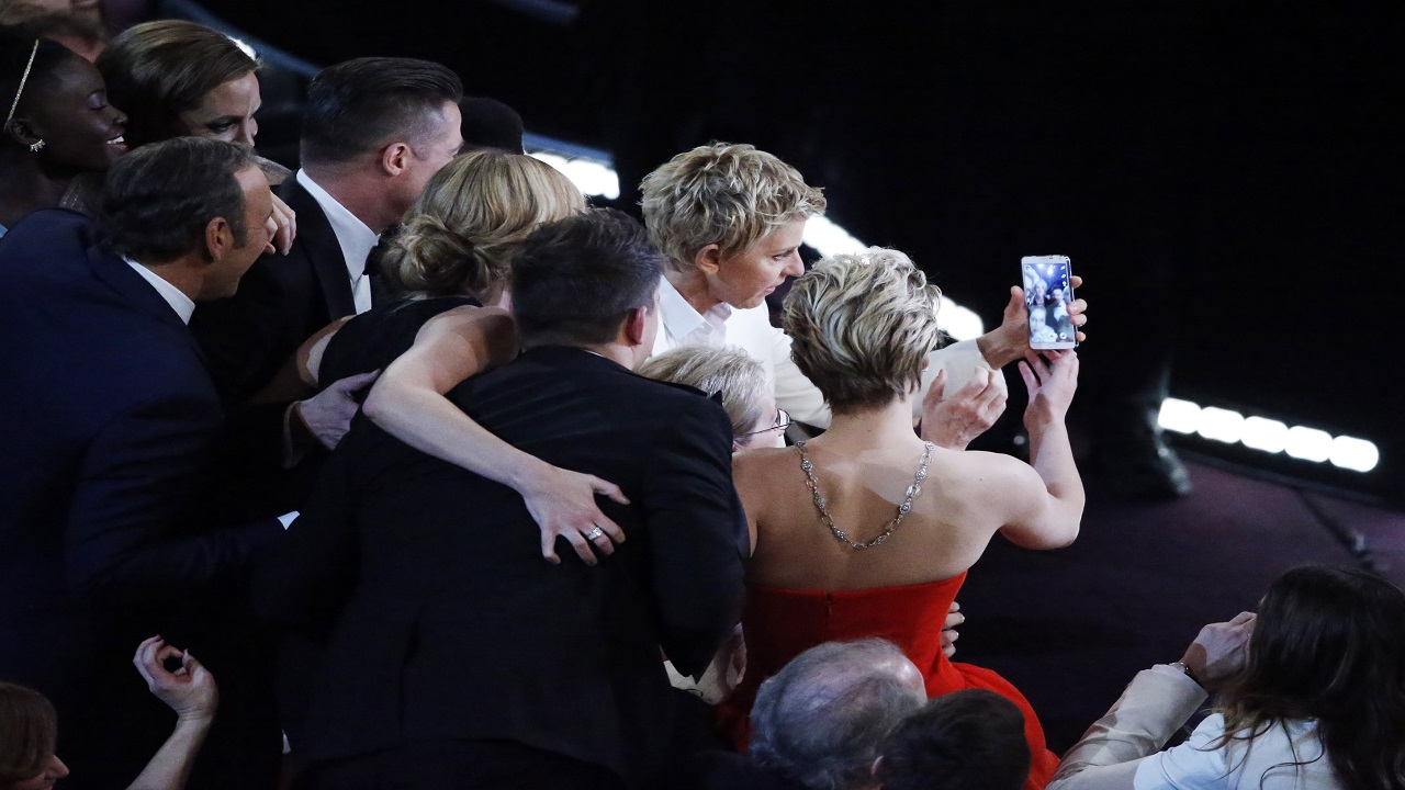 Ellen DeGeneres' 2014 selfie at the Oscars had garnered the most retweets of all time, reaching over a million in just an hour. (Image: Reuters)