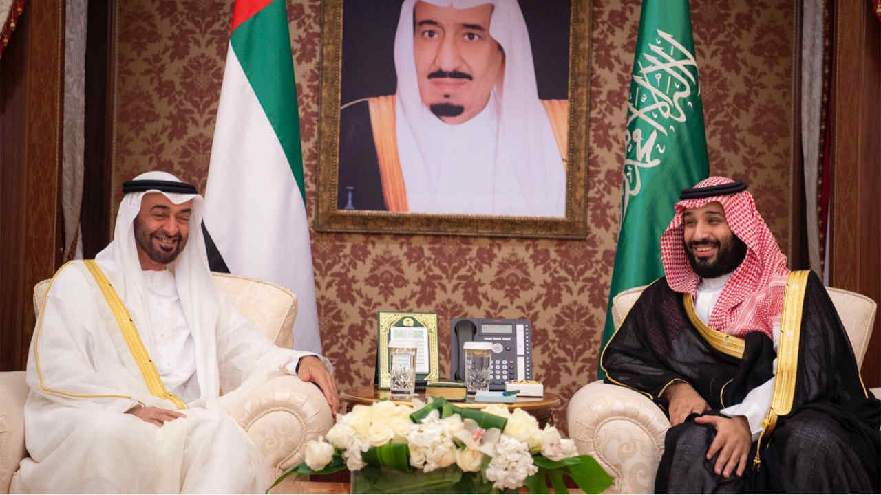 Abu Dhabi's Crown Prince Sheikh Mohammed bin Zayed al-Nahyan meets with Saudi Crown Prince Mohammed bin Salman during the Saudi-UAE Summit in Jeddah, Saudi Arabia, (REUTERS)