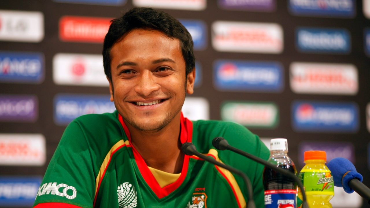 Shakib Al Hasan (Sunrisers Hyderabad) | A talented left-handed batsman and spinner, Shakib is one of the best all-round cricketers to have emerged from Bangladesh. His accuracy and consistency with the ball makes him a difficult bowler to bat against while his wide range of shots coupled with his aggression offers the team a reliable batting option in the middle order. He was bought by SRH for Rs 2 crore and has 737 runs and 57 wickets from 60 matches in the IPL. (Image: Reuters)
