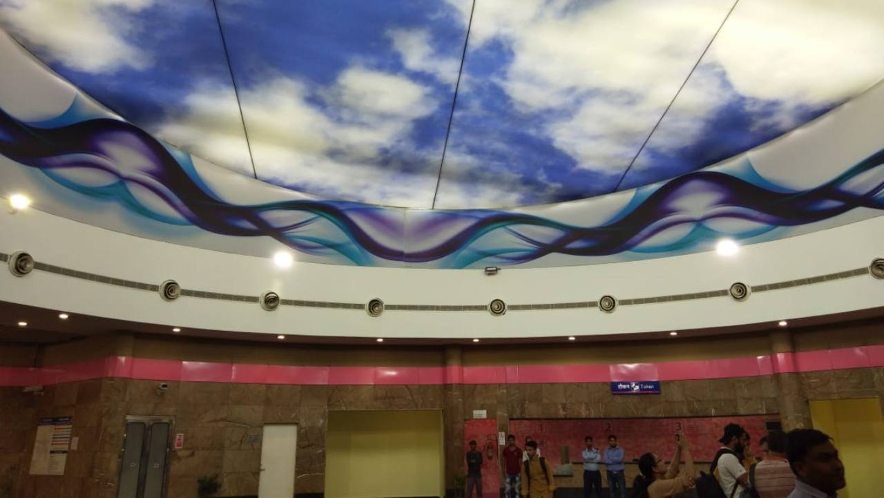 The line would link popular shopping avenues such as Sarojini Nagar, INA, South Extension and Lajpat Nagar. (Skylight at INA metro station. Directly located above is a park)