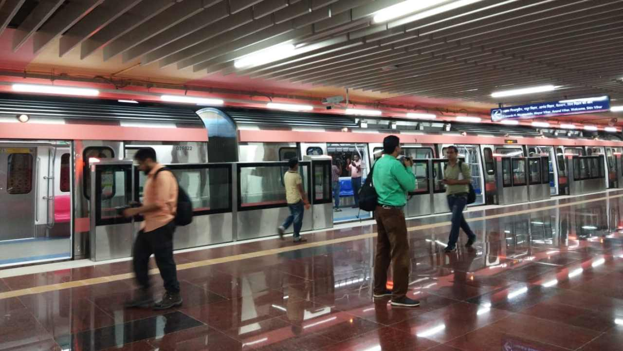 Delhi Metro Rail Corporation (DMRC) is set to launch the second section of the newly opened Pink Line, that will cover a stretch of 8.1 kilometres from Sir Vishveshwaraiah Moti Bagh station to Lajpat Nagar Metro Station. (Platform at INA metro station, Pink line.)