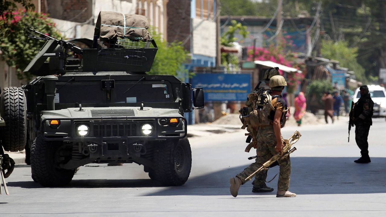 Afghan security forces arrive at an area where explosions and gunshots were heard in Jalalabad City in Afghanistan. (Image source: Reuters)