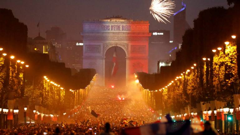 fifa world cup 2018 les bleus victory parade set for champs