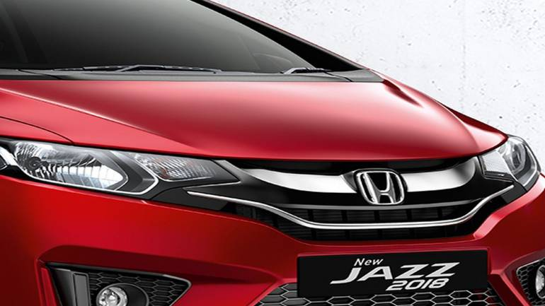 Honda Cars Drives In Updated Jazz At Rs 7 35 Lakh Moneycontrol Com