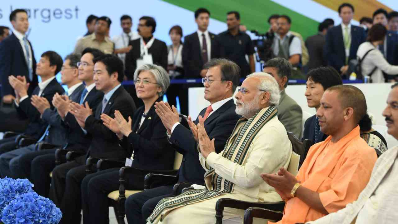 During the inauguration, PM Modi announced that the new facility would create an additional 1000 job opportunities over the 70000 people Samsung already has on its payroll.