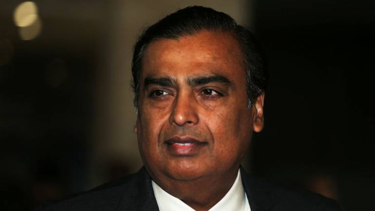 Reliance Chairman Mukesh Ambani Outlines Plan to Take on Amazon in India