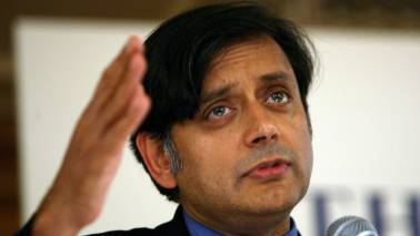 Kamal Nath should get same benefit of doubt as Modi: Shashi Tharoor